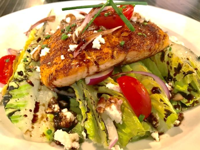 Wedge Salad: Plain or with Toppings, here with Salmon