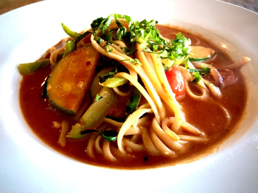 red yellow curry vegetables linguine